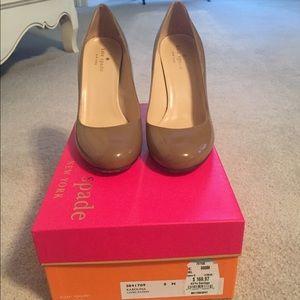 NWT Kate Spade Karolina patent heels size 8